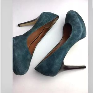 Banana Republic teal suede heels